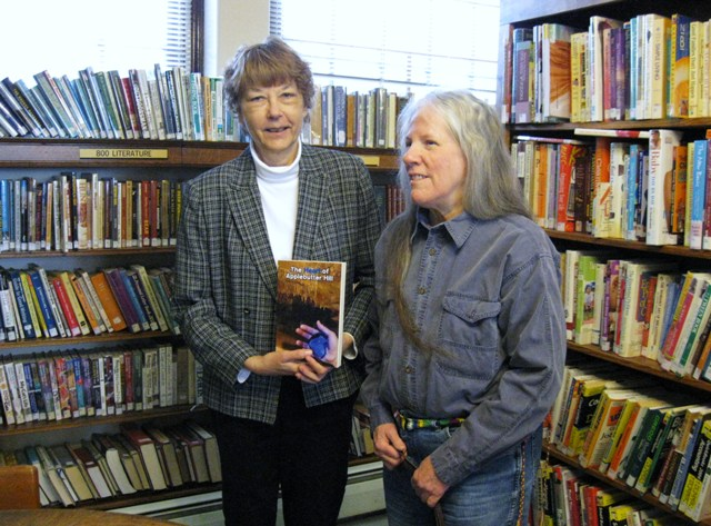 Donna W. Hill donates The Heart of Applebutter Hill to Dir. Sue Stone at the Susquehanna County Library in Montrose, Pa. - photo by Rich Hill.